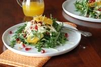 Салат с рукколой и гранатом