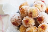 Пончики с клубничным желе