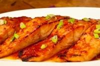 Лосось с тайский соусом