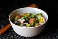 Весенний салат с картофелем